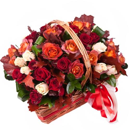Купить на заказ Корзина с цветами 10 с доставкой в Нур-Султане