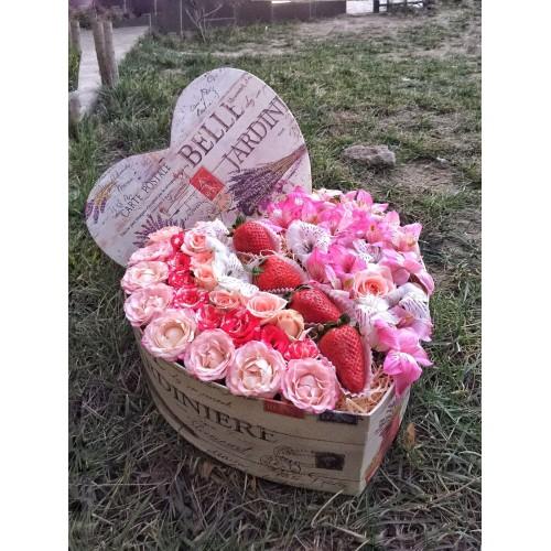Купить на заказ Сердце Jardin с доставкой в Нур-Султане