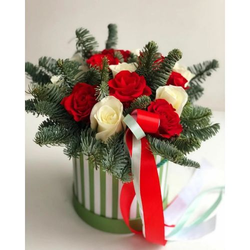 Купить на заказ Букет «Яркое Рождество» с доставкой в Нур-Султане