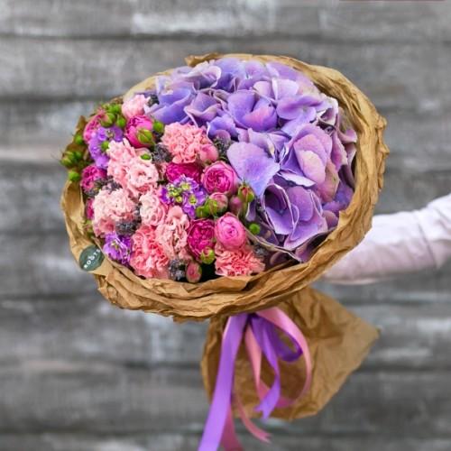 Купить на заказ Нежный букет из гортензий и кустовых роз с доставкой в Нур-Султане