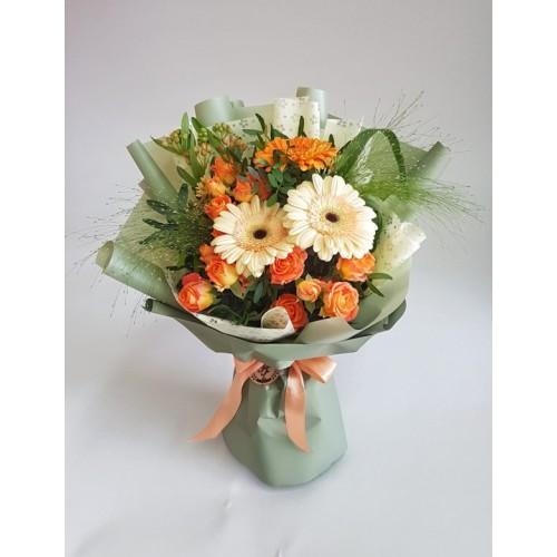 Купить на заказ Mini bouquet 3 с доставкой в Нур-Султане