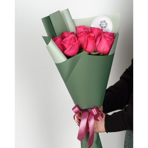 Купить на заказ Букет из 7 розовых роз с доставкой в Нур-Султане