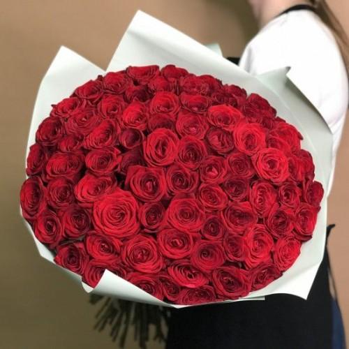 Купить на заказ Букет из 75 красных роз с доставкой в Нур-Султане