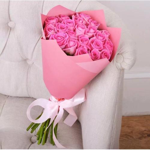 Купить на заказ Букет из 21 розовой розы с доставкой в Нур-Султане