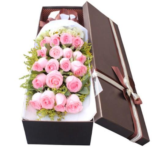 Купить на заказ Квадратная коробка 4 с доставкой в Нур-Султане