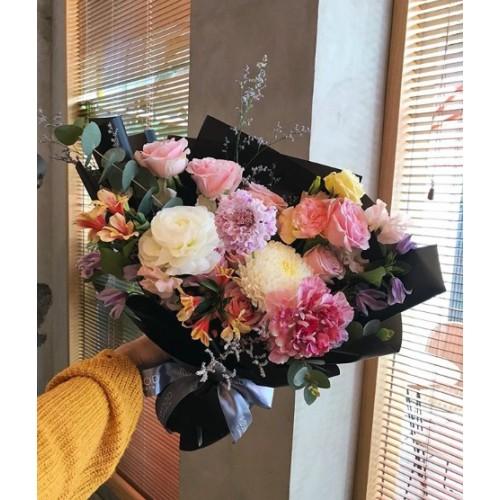 Купить на заказ Мелодия цветов с доставкой в Нур-Султане