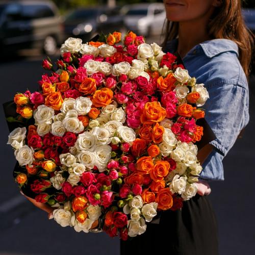 Купить на заказ Букет из 51 спрей  розы с доставкой в Нур-Султане