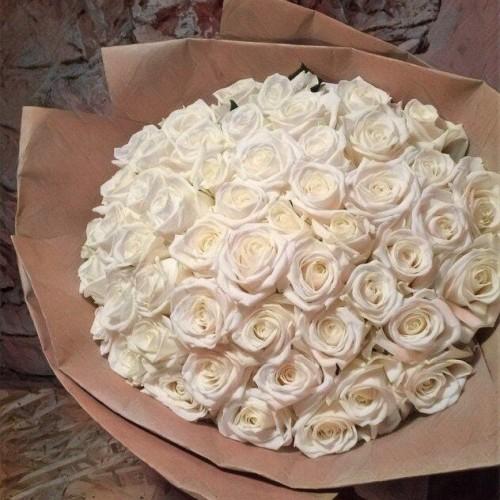Купить на заказ Букет из 101 белой розы с доставкой в Нур-Султане